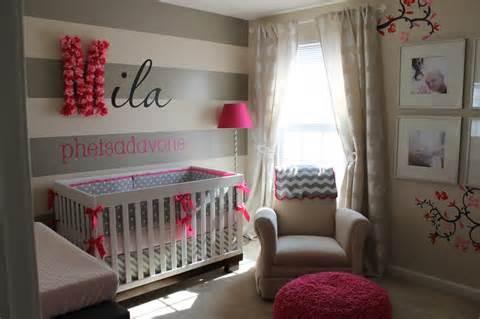 quarto de menina bebe rosa e cinza