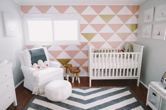 quarto de menina bebe simples e rosa