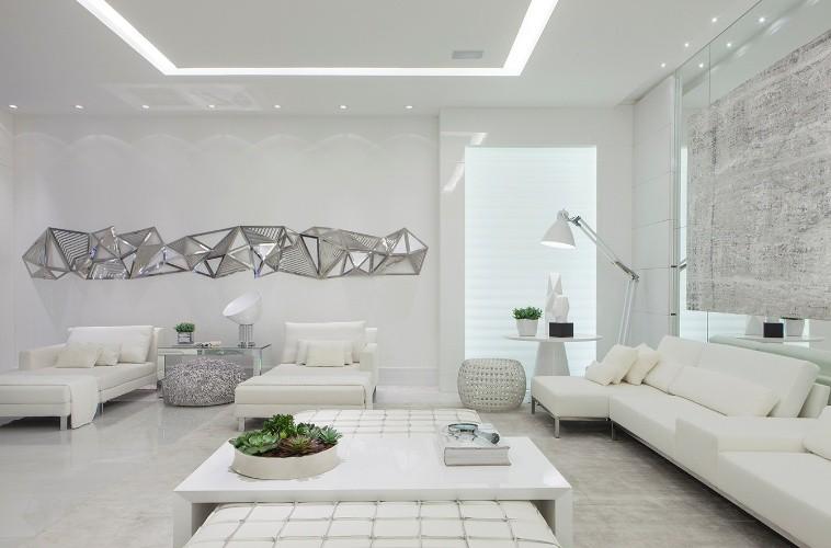 Salas de estar na cor branca fotos modelos ideias for Ambienti moderni