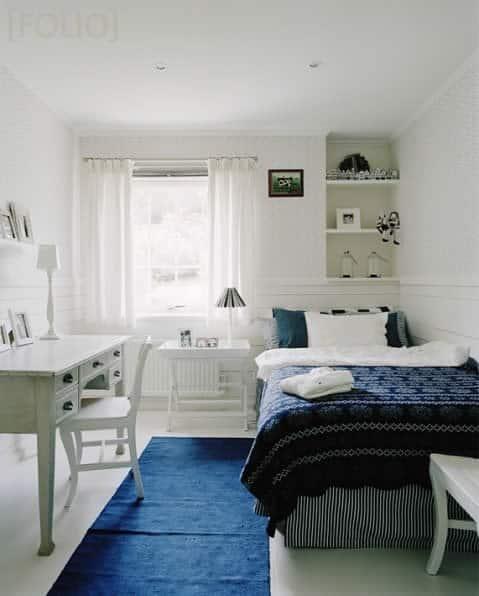 decoracao tecidos quarto branco e azul