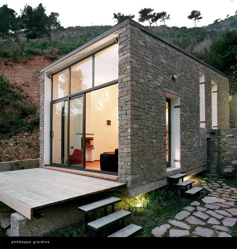 17 ideias de fachada para casas pequenas veja fotos for Casa moderna 4 ambientes