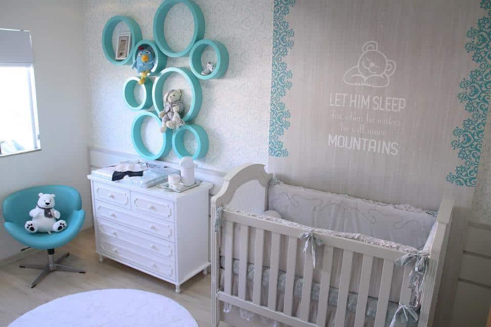 Quartos de bebe menino azul e branco contemporaneo
