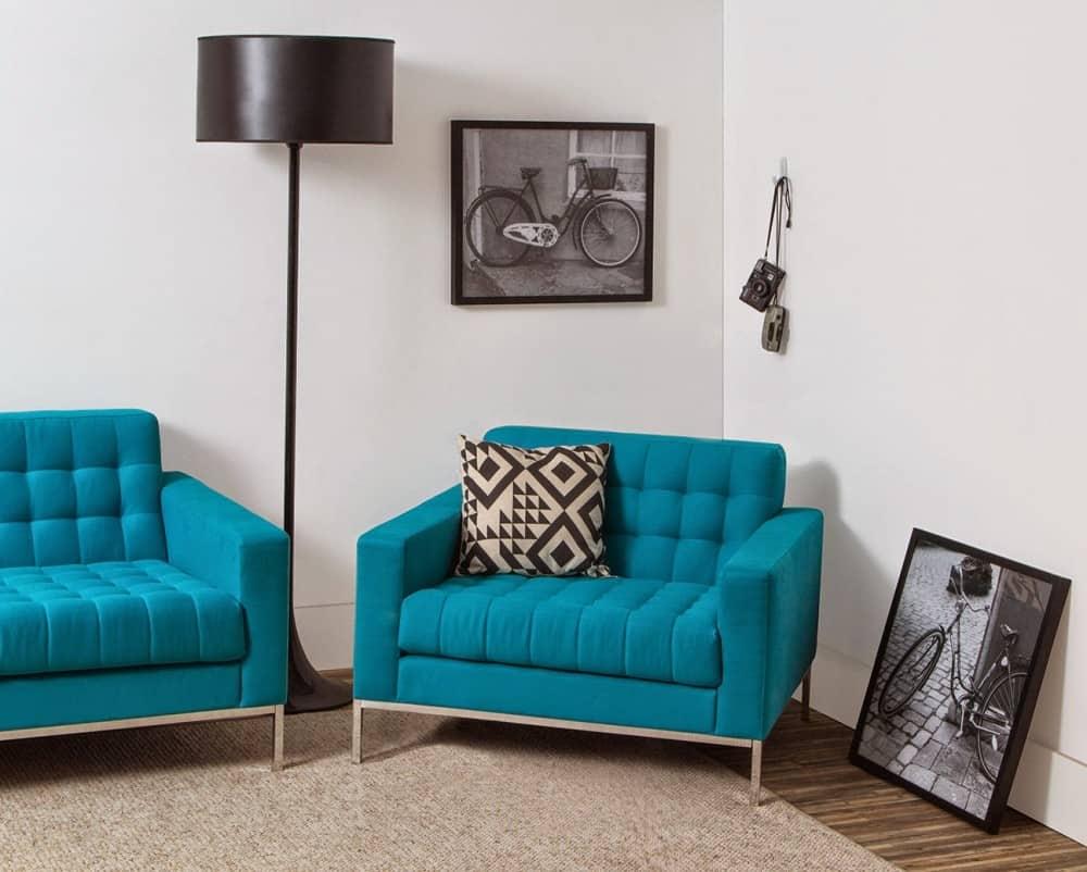 poltronas azuis modernas na decoracao da sala