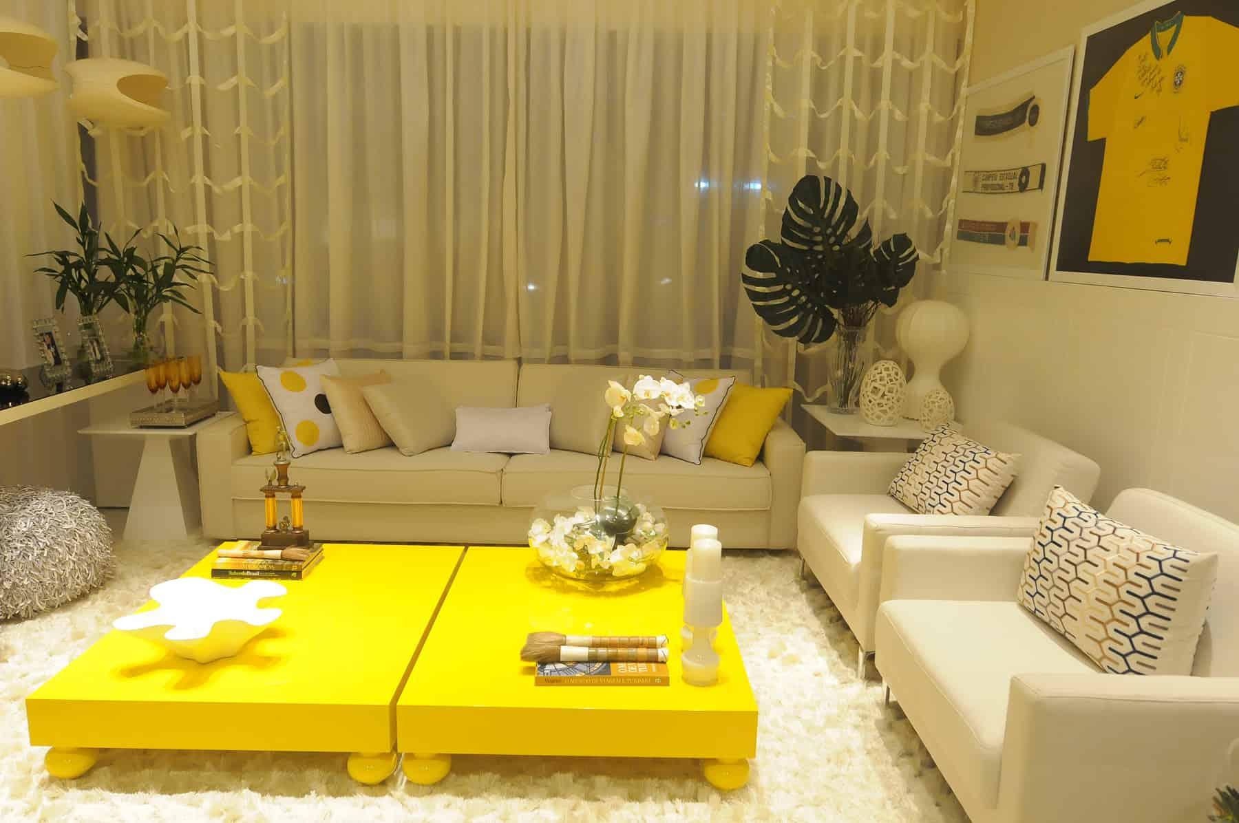 amarelo usado na mesa de centro tendencia 2016