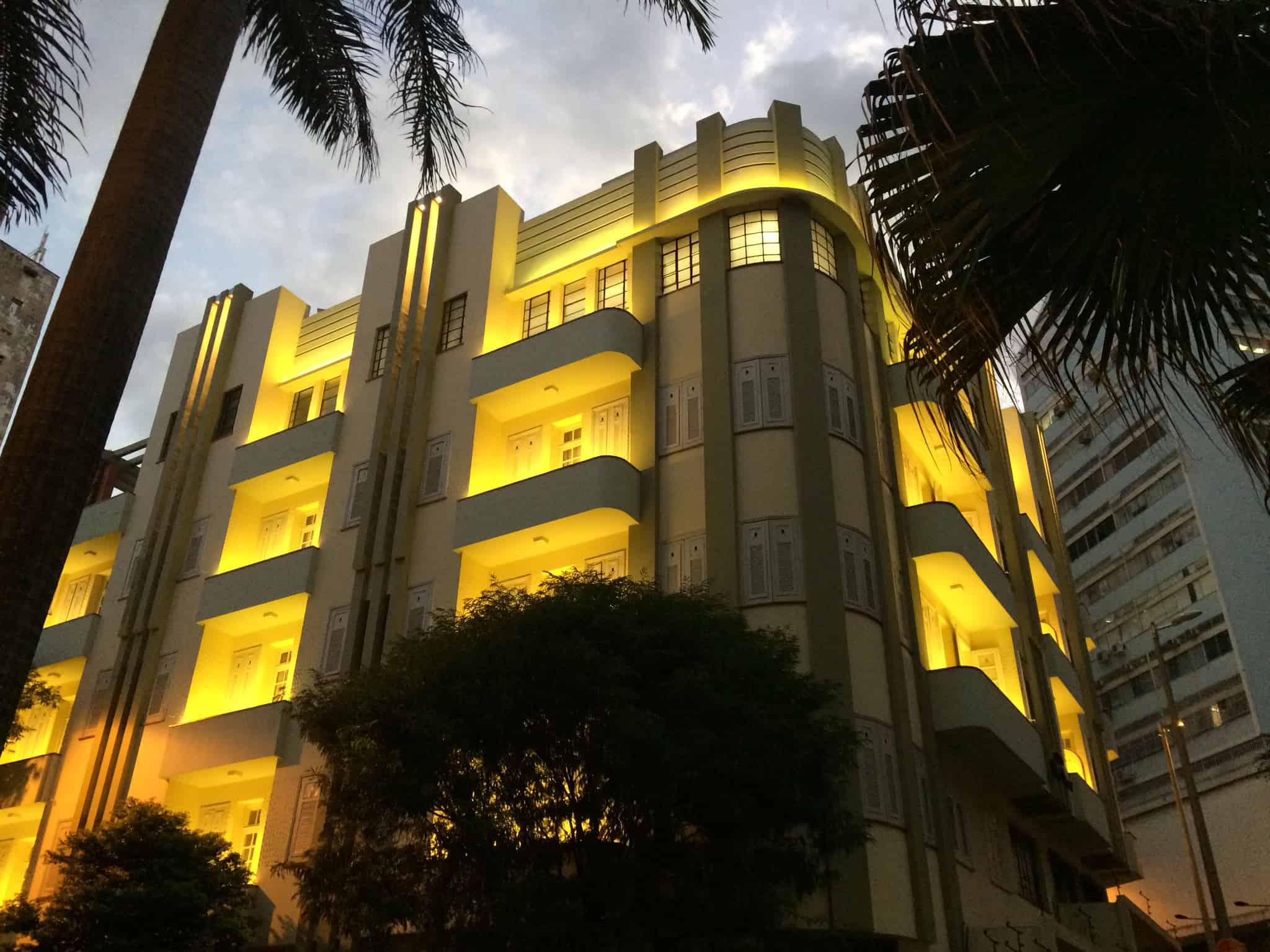 03 ideia para iluminar fachada de um edificio