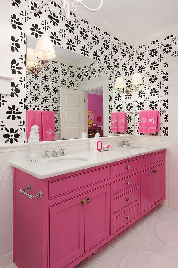 16 Ideias de Decoração com móvel colorido no banheiro Fotos -> Banheiro Simples Feminino