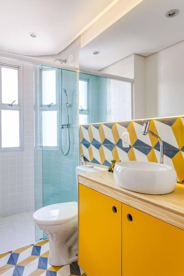 16 Ideias de Decoração com móvel colorido no banheiro Fotos -> Decoracao De Banheiro Amarelo