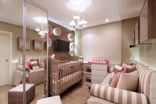 Dormitorio de bebe feminino decoraado
