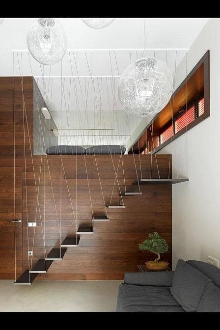 Escada moderna com cabos de aco