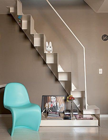 escada metalica branca sob medida