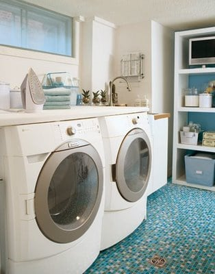 lavanderia com pastilha no piso