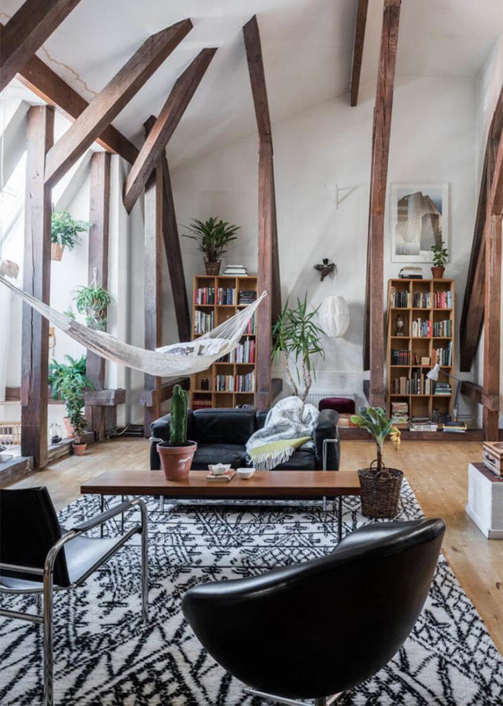 sala moderna com rede de descanso
