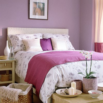 quarto de mulher rosa