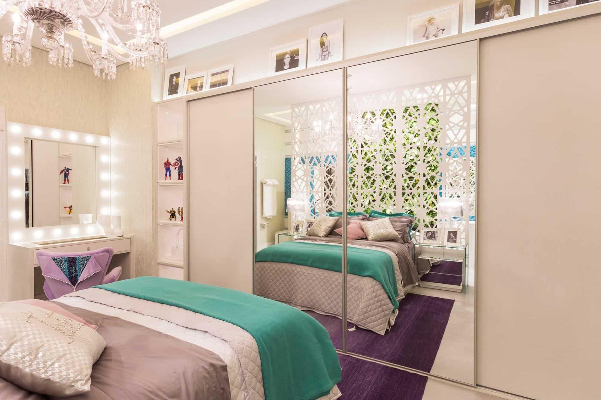 quarto colorido e moderno para mulher