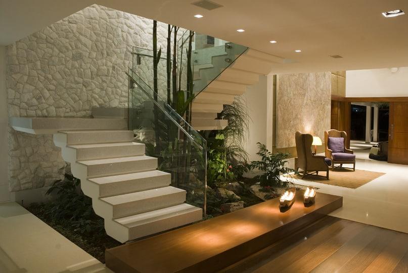 vegetaçao natural na escada