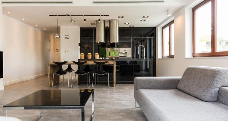 cozinha preta integrada