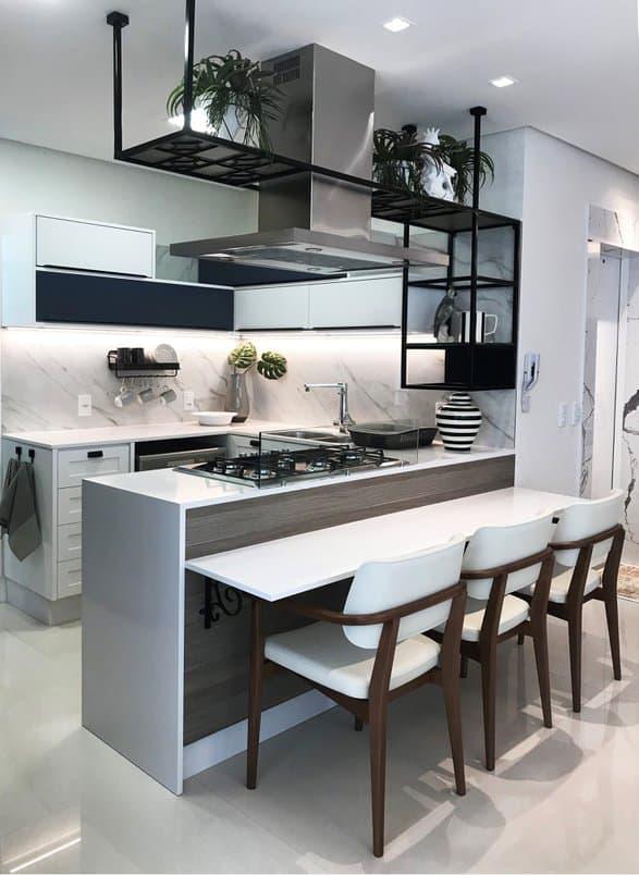 cozinha preto e branco moderna integrada