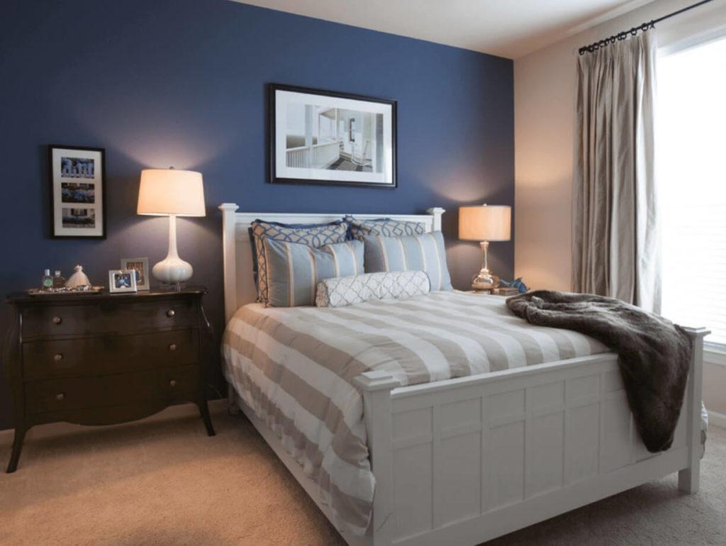 quarto azul marinho elegante