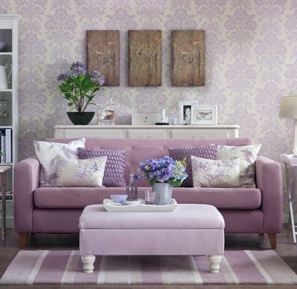 sala com sofa lilas