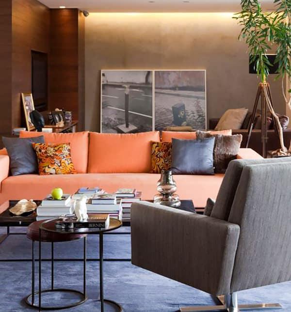 sala moderna com sofa laranja