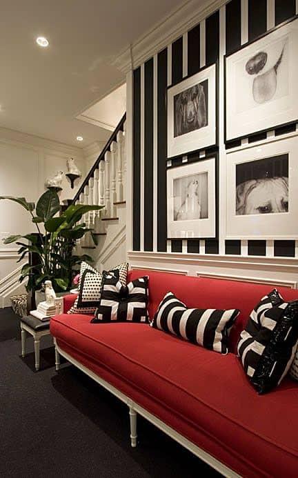 sofa vermelho decoracao preta e branca