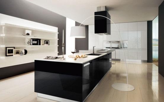 Cozinha moderna com móveis preto e branco