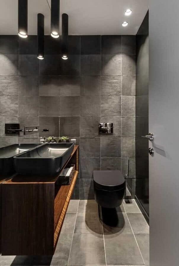 banheiro com cuba e vaso preto