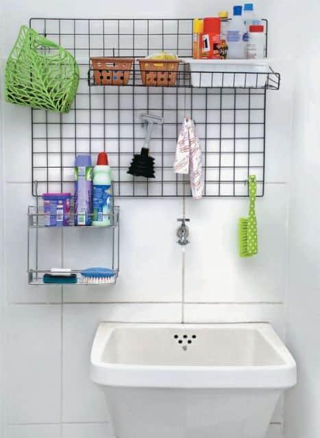 Painel metálico para organizar a lavanderia