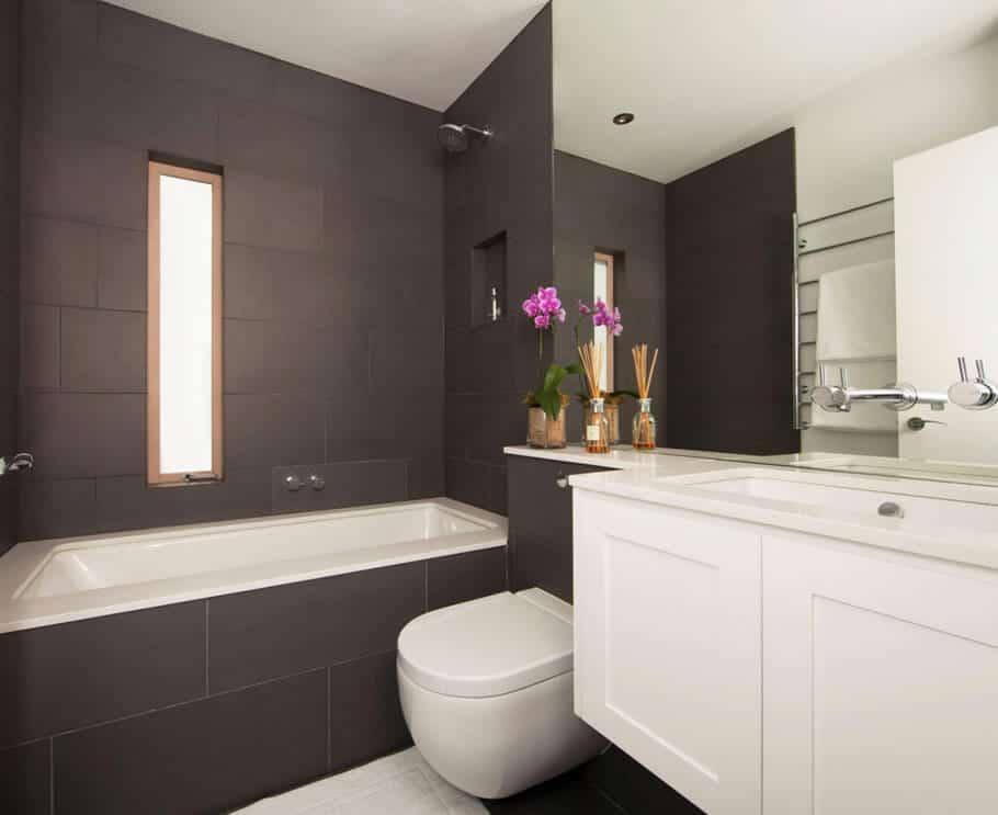 02 banheiro grafite com banheira