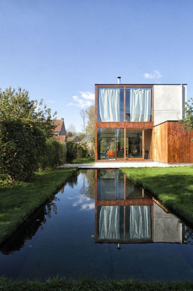 03 casa rustica de madeira com dois andares fachada rustica