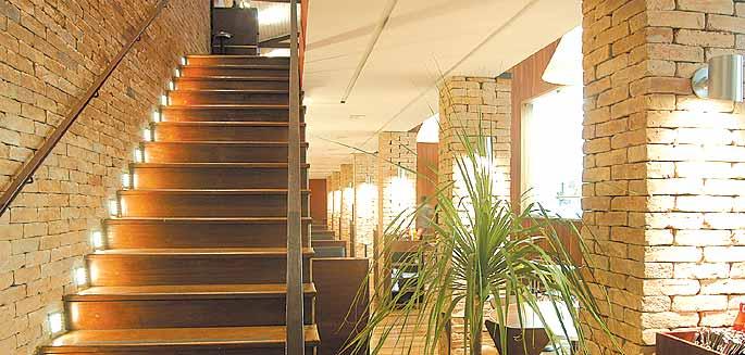 09 tijolo a vista na escada decoracao