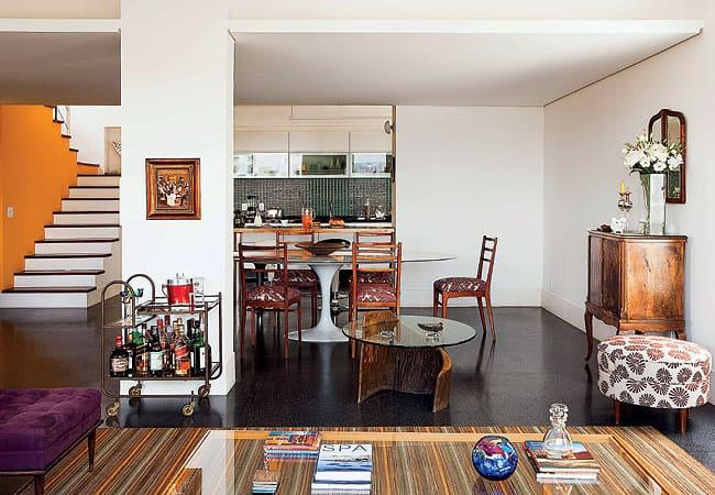 18 apartamento ou casa com piso preto em tudo