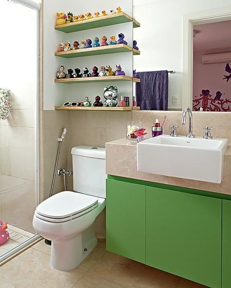 movel de banheiro verde para menino simples