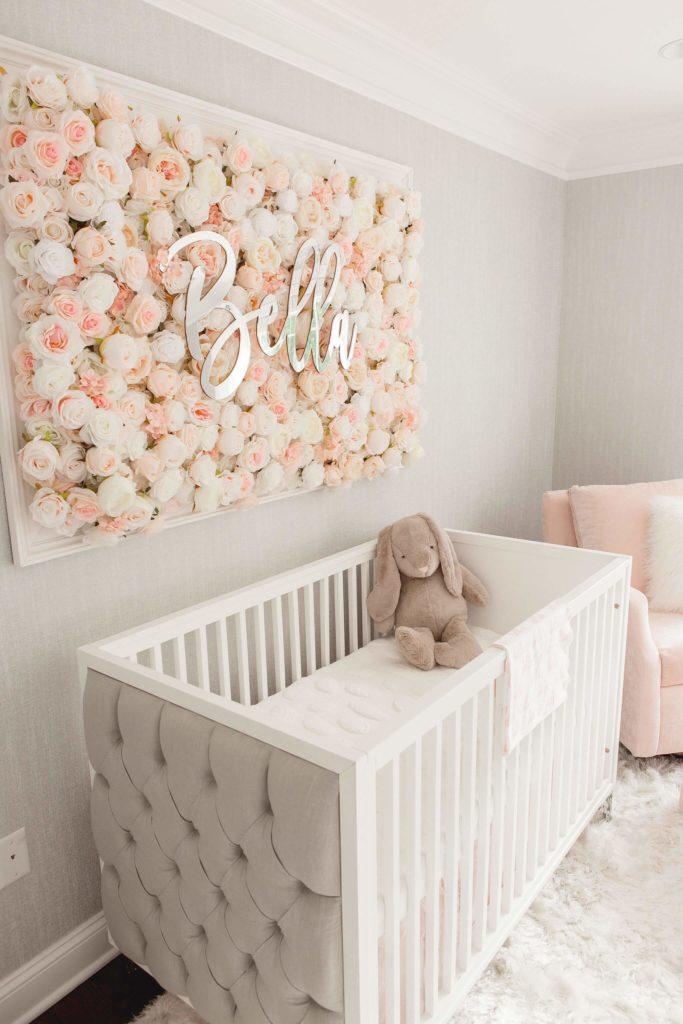 detalhe delicado no quarto de bebe menina