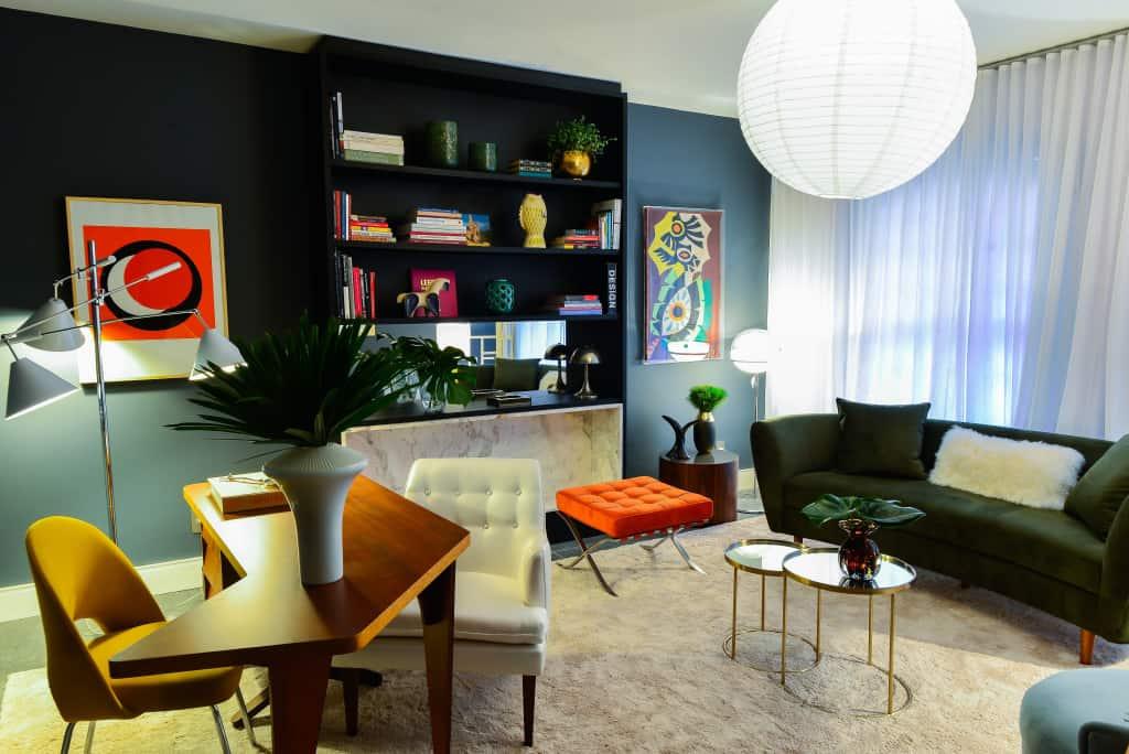 escritorio em casa moderno com cores