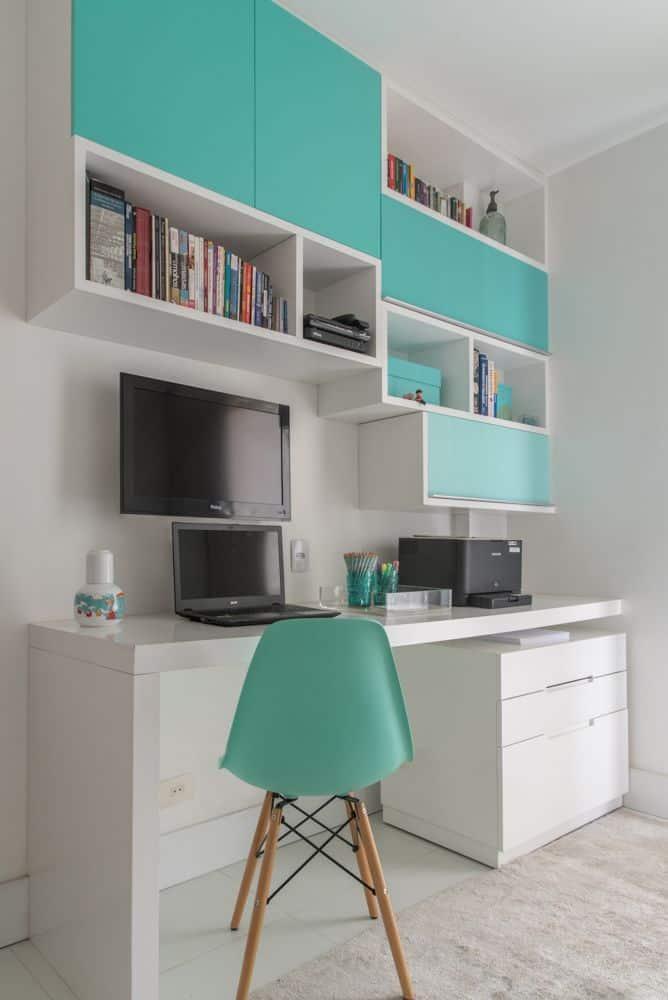 escritorio em casa simples e colorido verde