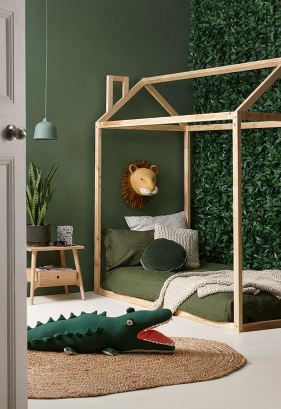 quarto simples com tema selva