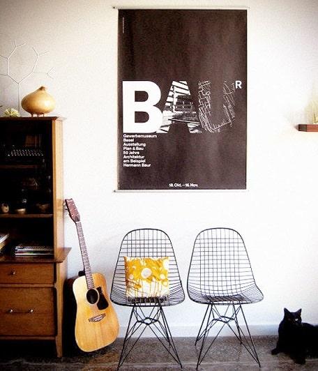 decoracao com cadeiras charles eames de metal