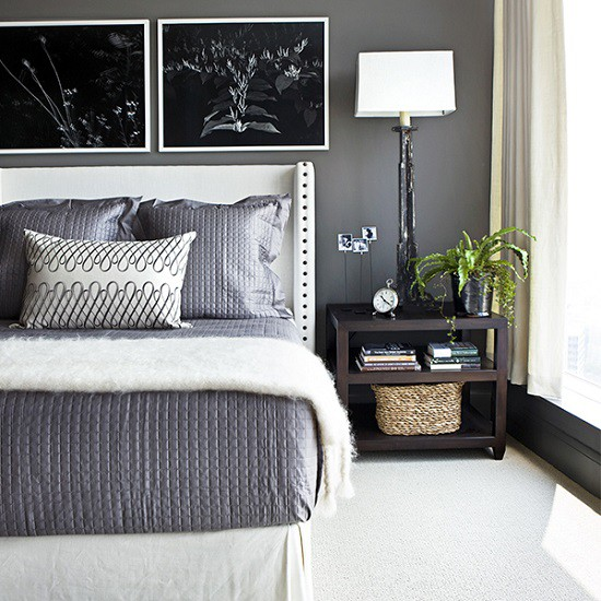 Quarto elegante e simples com decoração cinza, preto e branca