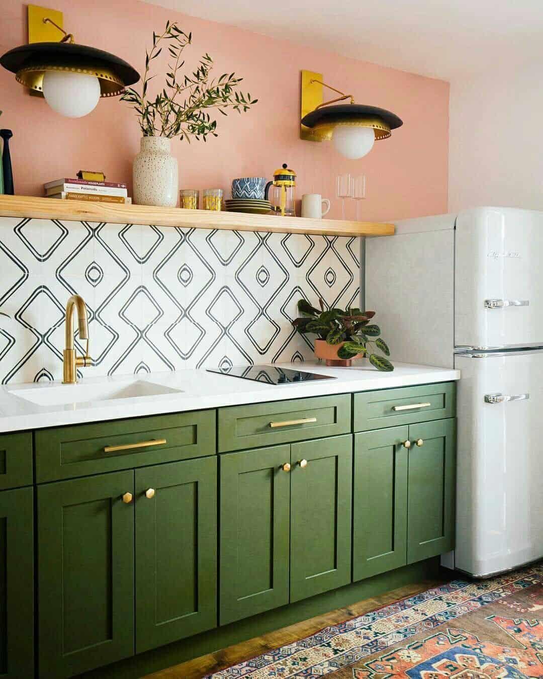 movel verde na cozinha boho