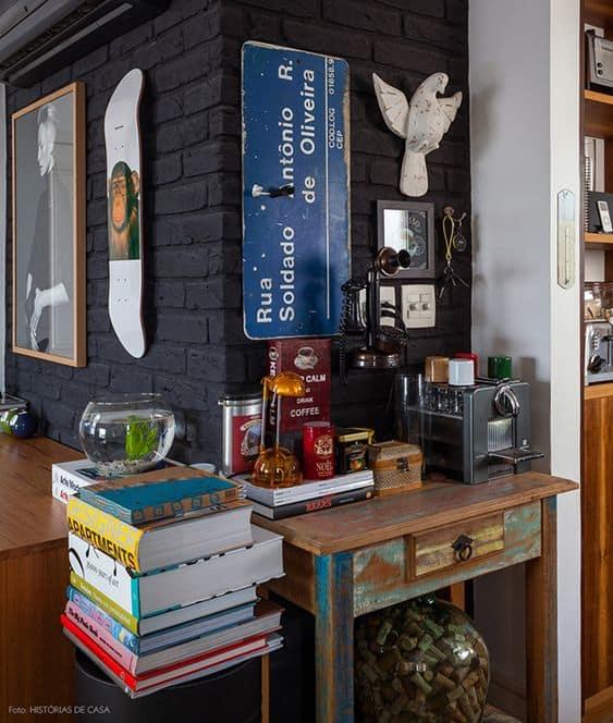 Decoração moderna e vintage para a bancada do café