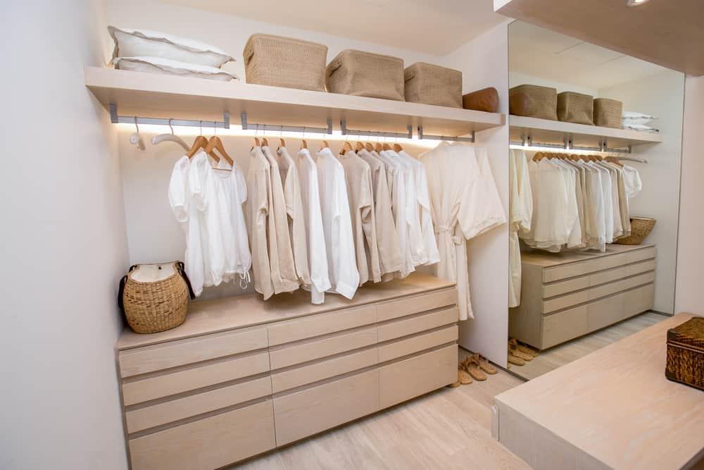 ideias para iluminar o closet