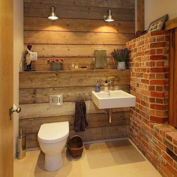 Ideias de decoração para banheiro de fazenda (rústico com madeira e tijolo aparente)