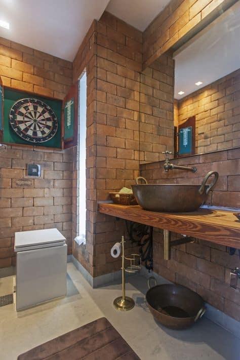 Ideia para decoração de banheiro de bar ou barbearia