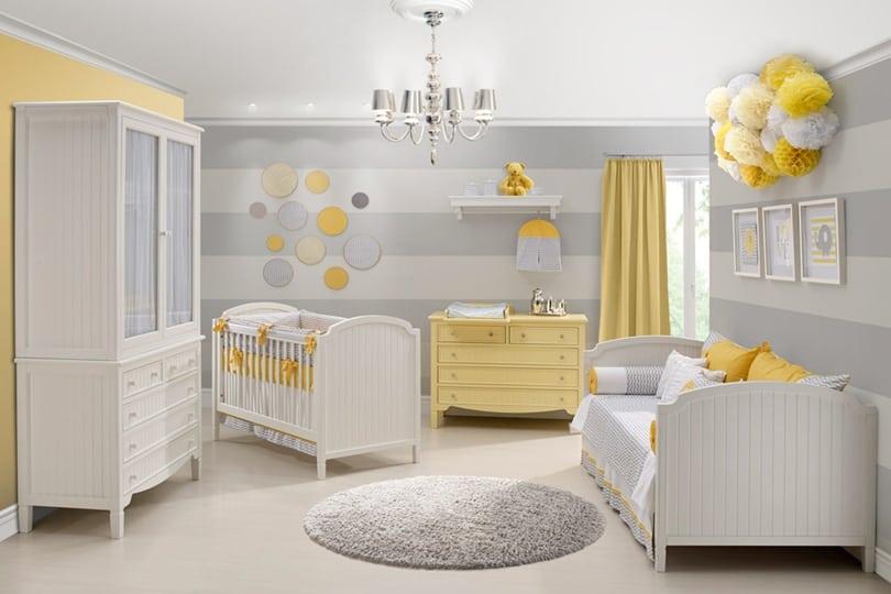 Quarto de bebê diferente cinza e amarelo