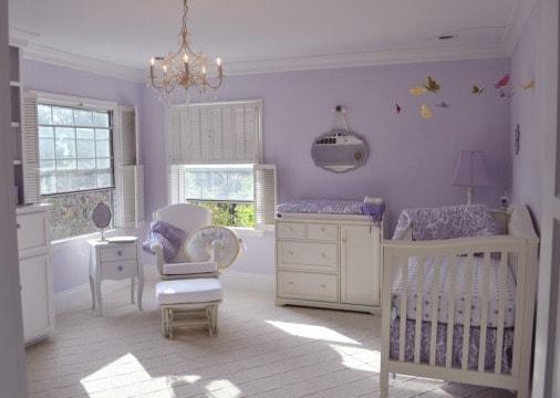 Quarto de bebê lilás provençal