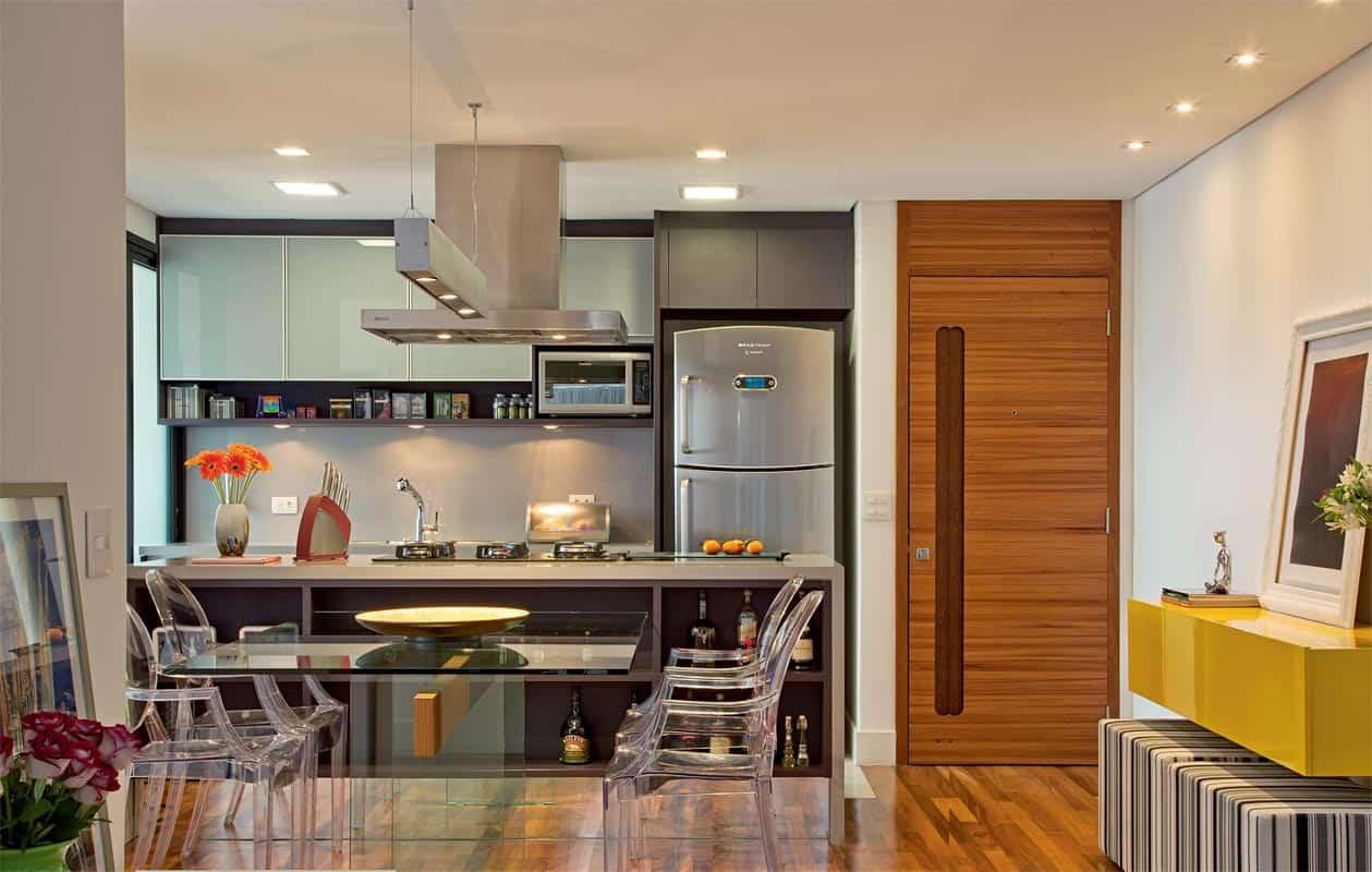 cozinha sob medida com vidros