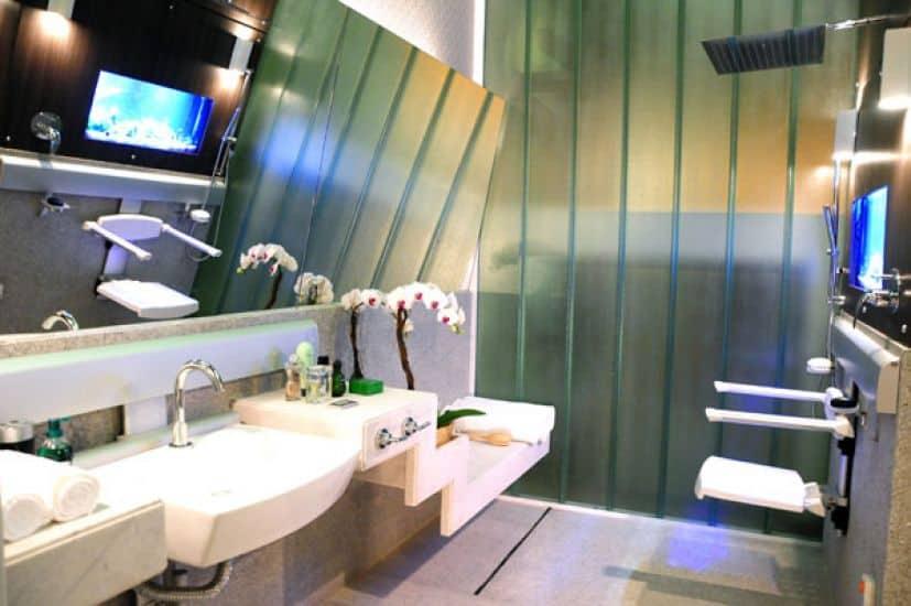 Decoração de banheiro bonita para PcD