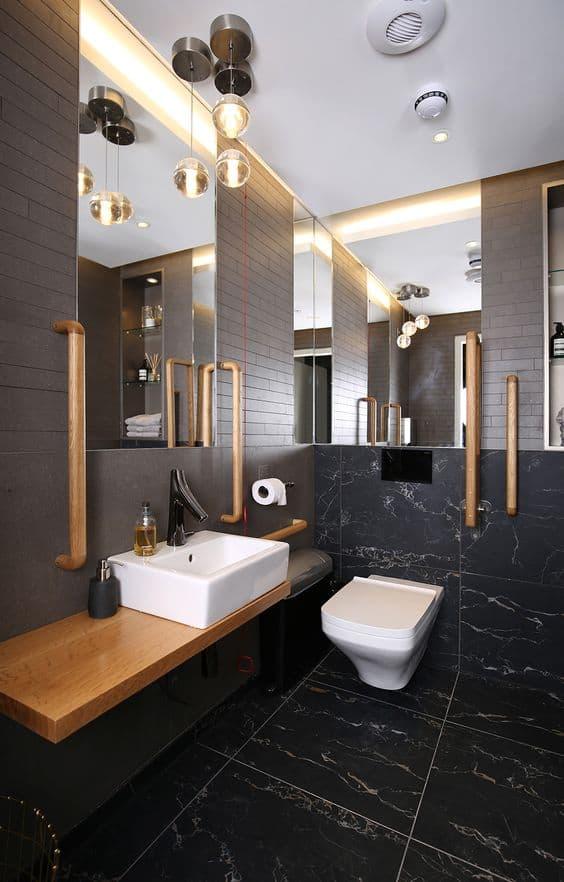 Banheiro moderno acessível