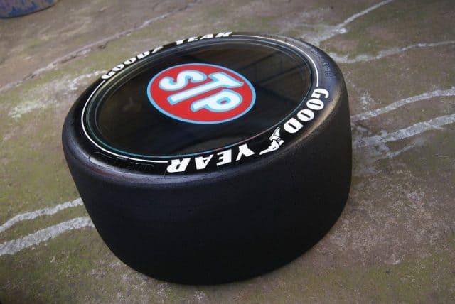 puff de pneu quarto de menino